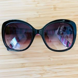 969702be5d793 Cynthia Rowley Accessories - Cynthia Rowley Sunglasses